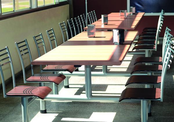 Como escolher mesas para refeitório