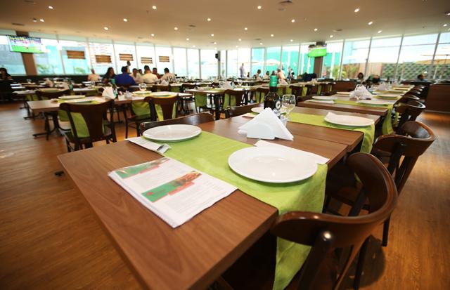 Mesas para restaurante – como escolher a melhor opção